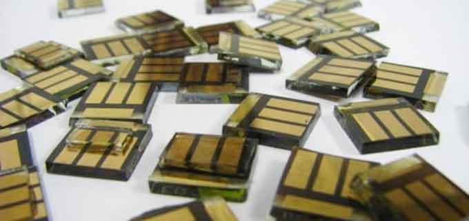 Форма солнечной батареи из перовскита